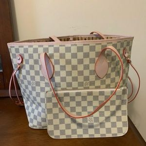 Size MM checkered neverfull combo 😀😁😂🤣😄😄🤣🤣